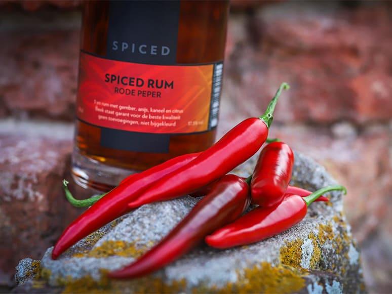 Nieuw: Spiced Rum met rode peper